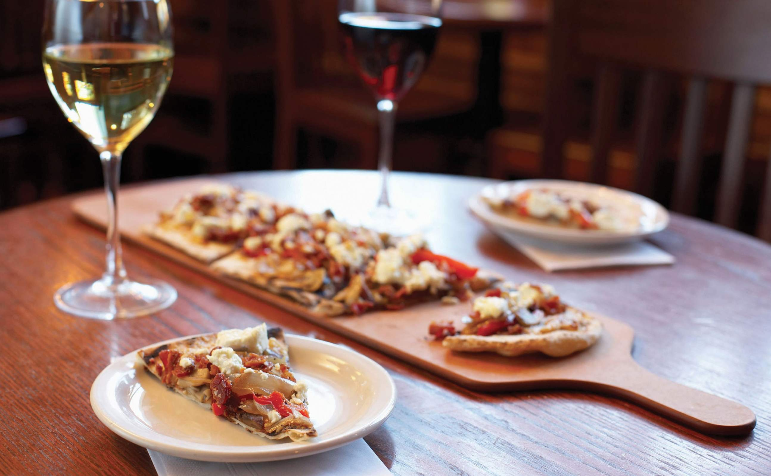 Pizza-and-wine-2