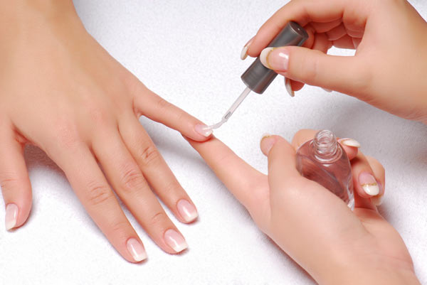 Free-manicures