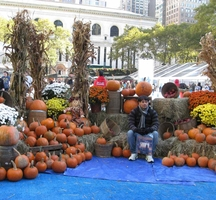 Bryant-park-trick-treat-2