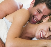 Couples-smile-massage