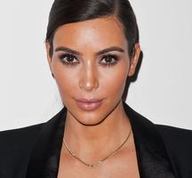 Kim-kardashian-apr15